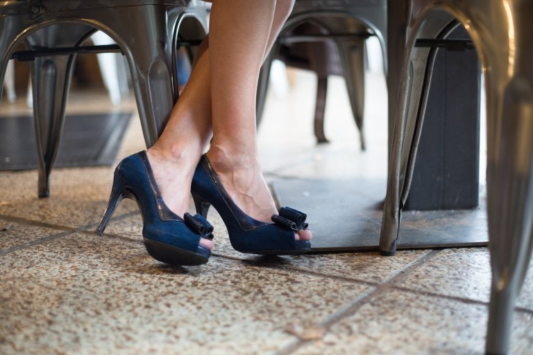 Nine West Navy Bow Shoes