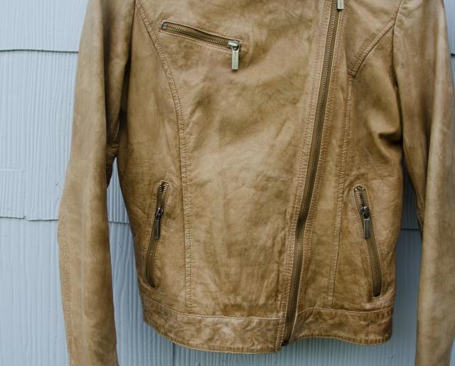 camel leather pockets