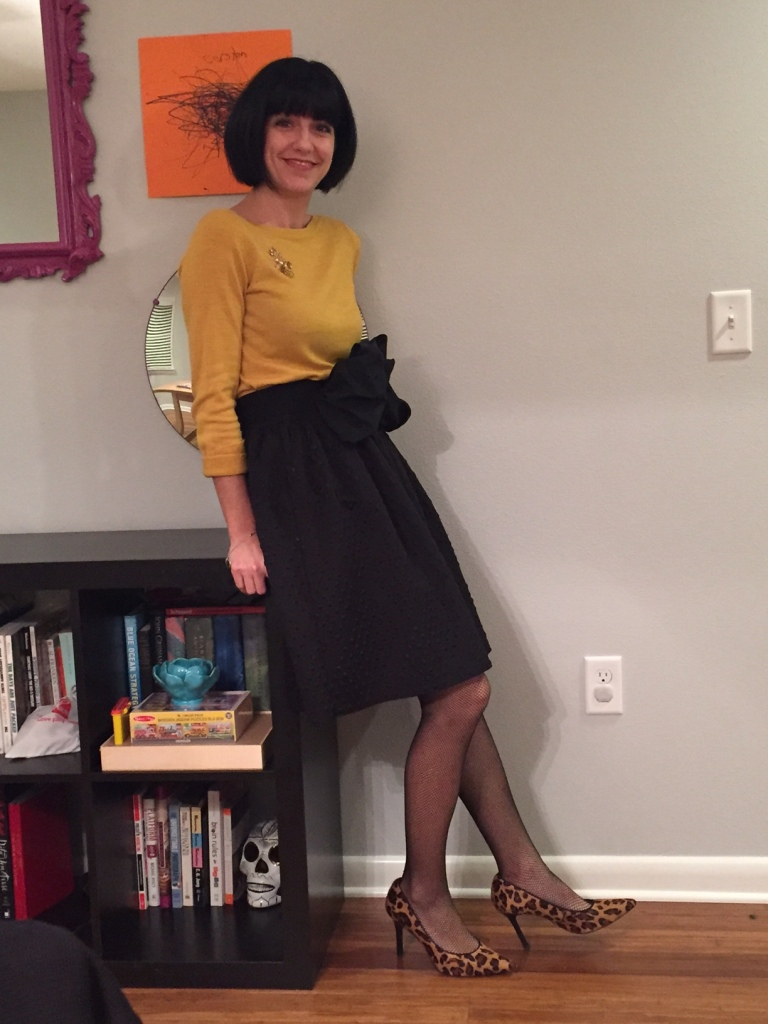 party-look-mustard-and-black